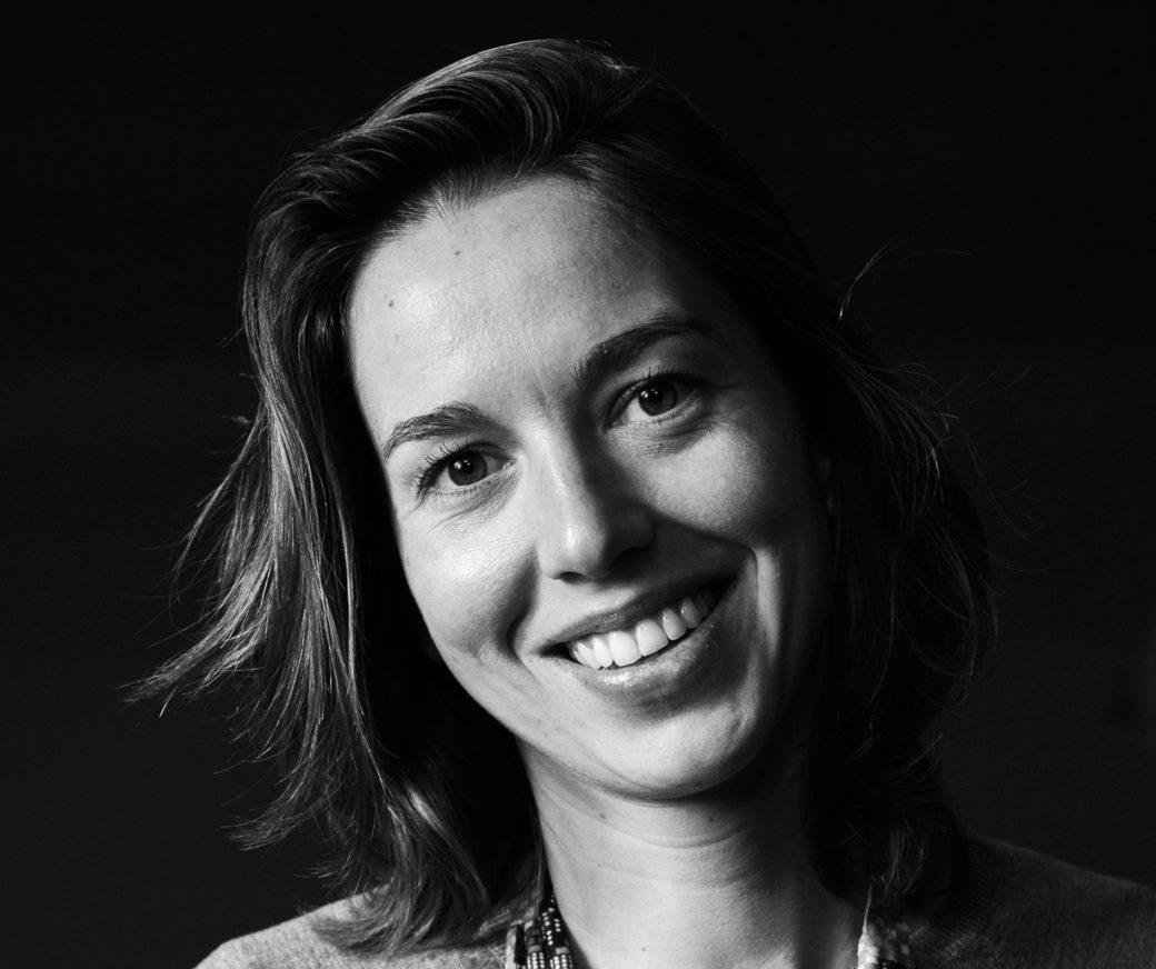 """Morgane de Virieu interprète Marietta dans la pièce """"Famille d'artistes"""""""